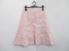 エスのスカート