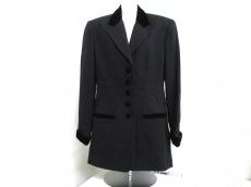 HUGOBUSCATIのジャケット