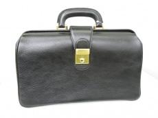 シーザーのダレスバッグ