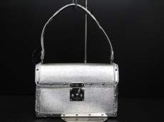 LOUIS VUITTON(ルイヴィトン)のエマーブルのショルダーバッグ