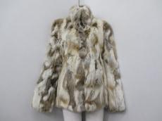 バックステージのコート