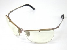ルーメンのサングラス