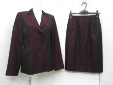 リセオのスカートスーツ