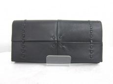 エンリココベリの長財布