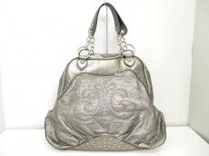 デレオンのハンドバッグ