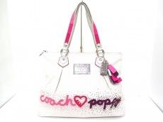 COACH(コーチ)のハートポピーグラムトートのトートバッグ