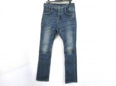 ファドスリーのジーンズ
