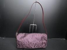 フェンディシメのショルダーバッグ