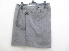 フォッシィのスカート