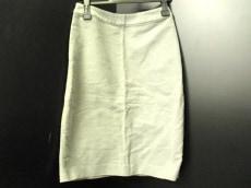 ハクのスカート