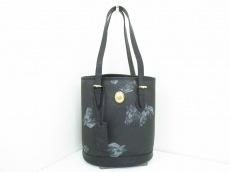 ルーブルーゼのショルダーバッグ