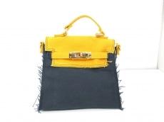 バスキーヌのハンドバッグ
