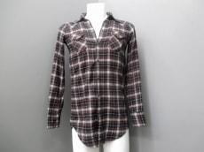 アメリカンカラーズのシャツ