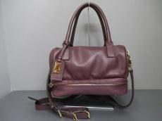 ドゥーリーのハンドバッグ