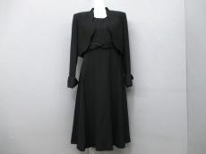 yumi katsura(ユミカツラ)のワンピーススーツ