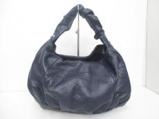 ヘプトのハンドバッグ