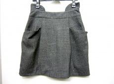ユーリズミックのスカート