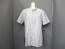 ギャスパーユルケビッチのシャツ