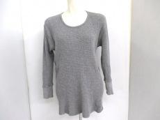 バイタススタンダードのセーター