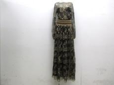 サルバトーレフェラガモのドレス
