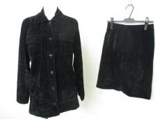 フェンディシメのスカートスーツ