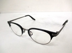 バートンペレイラのサングラス
