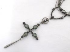 エセヤージュのネックレス