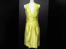 ERMANNO SCERVINO(エルマノシェルビーノ)のドレス
