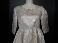 ラビリンスのドレス
