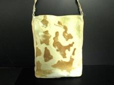 フェレジーンズのショルダーバッグ