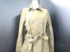 Basisbroek(バーシスブルック)のコート