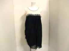 GRACE CONTINENTAL(グレースコンチネンタル)のドレス
