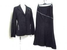 NERO(ネロ/センソユニコ)のスカートスーツ