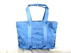 COACH(コーチ)のデイジーナイロンシグネチャーのハンドバッグ