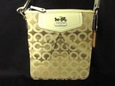 COACH(コーチ)のマディソンオプアートサテンスウィングパックのショルダーバッグ