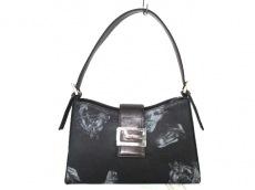 ルーブルーゼのハンドバッグ
