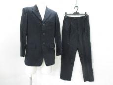 ジュンキーノのメンズスーツ