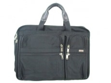 TUMI(トゥミ)のエクスパンダフルのビジネスバッグ