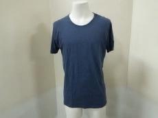 フォークのTシャツ