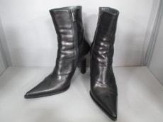 アンジェラファルコーニのブーツ
