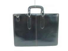 コンプレックスガーデンズのビジネスバッグ
