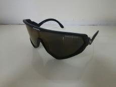 アルピナのサングラス