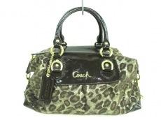 COACH(コーチ)のアシュレイ オセロット メタリカ レオパード サッチェルのハンドバッグ