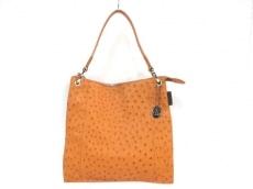 コモラッティのハンドバッグ