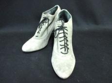 ラティチュードファムのブーツ