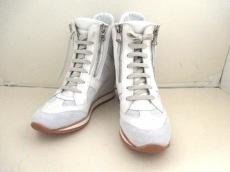 ELENA IACHI(エレナイアチ)の靴