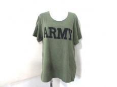 NLST(エヌリスト)のTシャツ