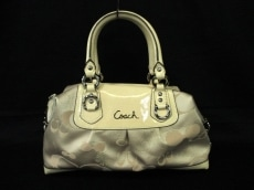 COACH(コーチ)のアシュレイ シグネチャー ガーデン サッチェルのハンドバッグ