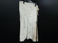 リトルイーグルのスカート