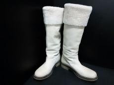 アッティモのブーツ